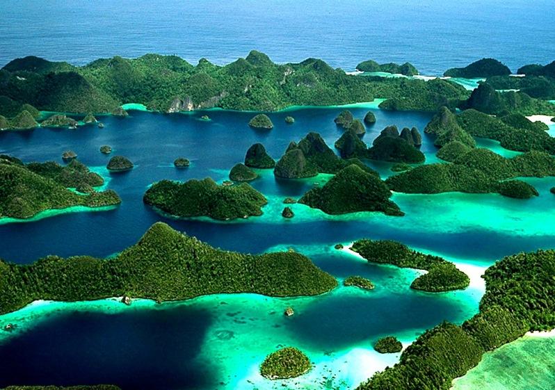 Photo via indonesiad.com