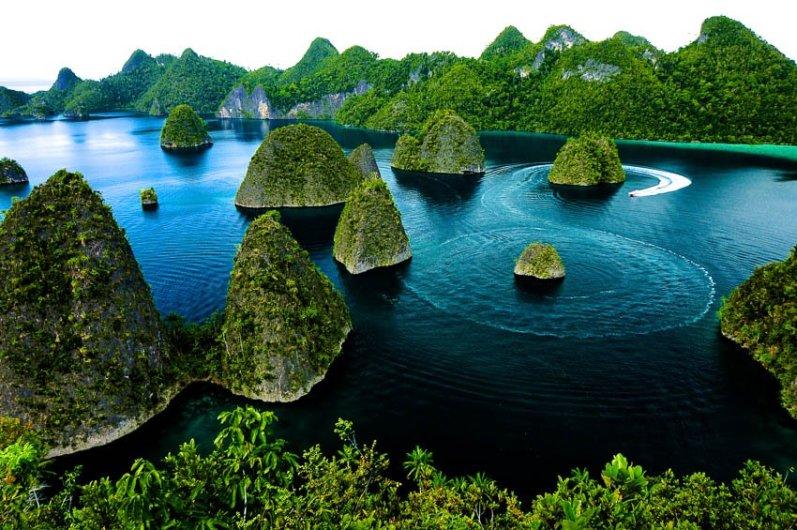 Photo via indonesia.travel